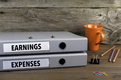 Employee expenses and benefits